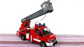 Игрушки для детей. Пожарная Машина  Bruder тушит пожар(, 2014-10-03T09:10:57.000Z)