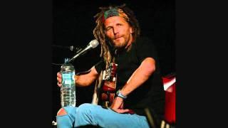 Hans Söllner   Die Ballade vom Koffer (Lied vom Schoaß)