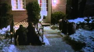 Home Alone - Trailer thumbnail