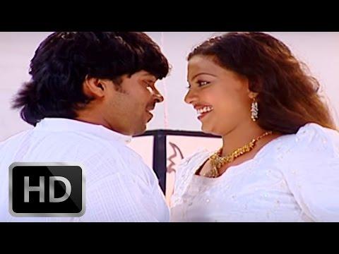 Akale Nilavinte | Malayalam Mappila Album | Perunnalkili | Film Actress Anusree