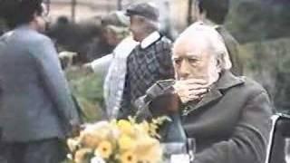 Marly Bueno (Matilde) e Anthony Quinn (Giuseppe) no filme Oriundi 1999
