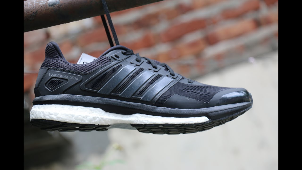 99b82085d0a23 Adidas Men Boost Supernova Glide 8 Full Angles View And Detailing Features