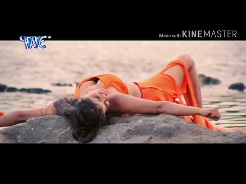इस गाने को सिर्फ जवान ही देखे - बच्चे ना देखे जवानी से पानी चुवता - Bhojpuri Hit Songs 2017
