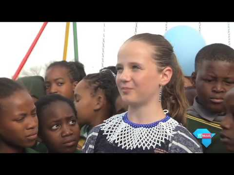 eNuus on opening playground at Promosa Primary School