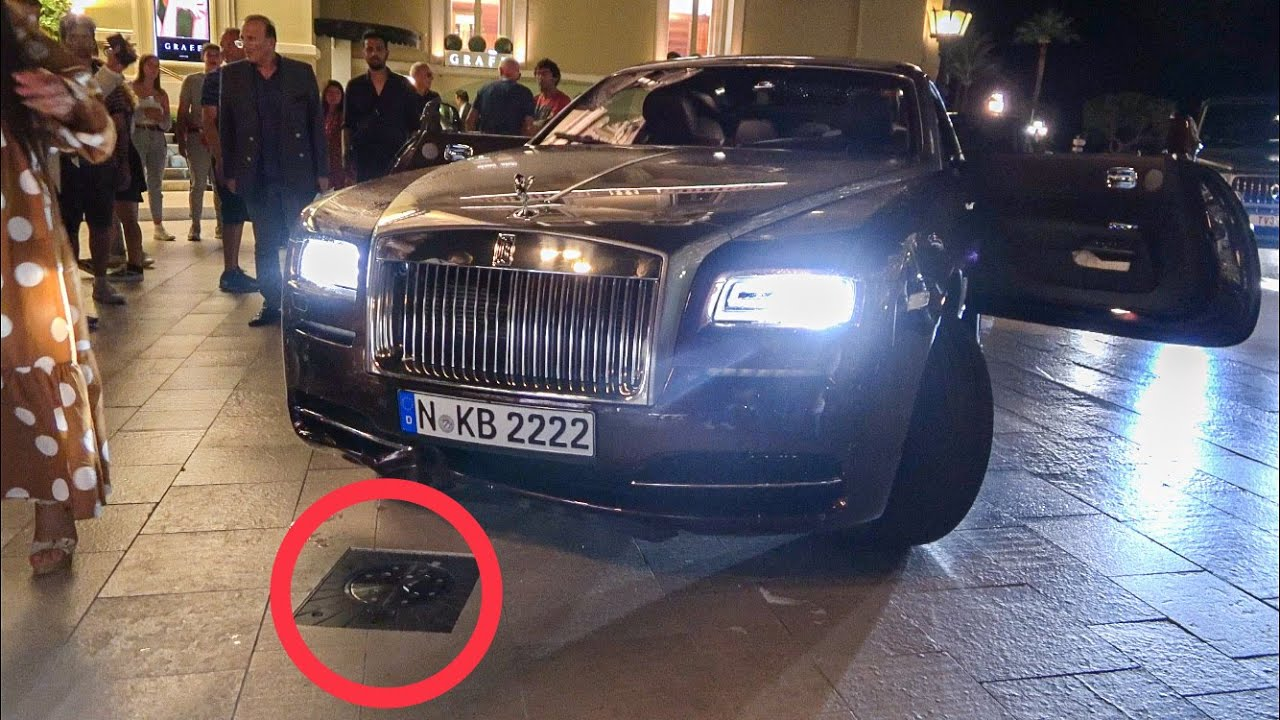 """""""Smashed"""" Rolls Royce into security bollards at new Monaco Casino Square!"""