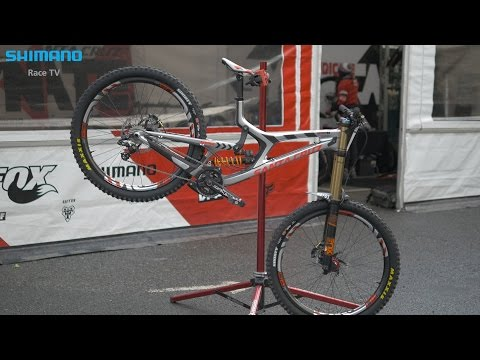 Bike Talk - Josh Bryceland about his Santa Cruz V10 | SHIMANO