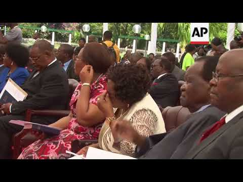 Swearing in of new post-Mugabe Zimbabwe cabinet