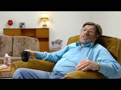 The Royle Family: Behind the Sofa - Footie Fans