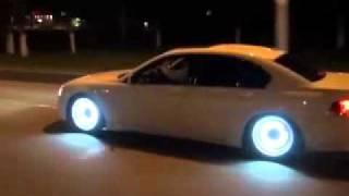 أحلى إضاءة على سيارة BMW 750i
