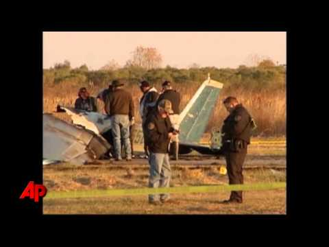 2 Skydivers, Pilot Killed in La. Plane Crash