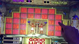Speedrun on Pharaohs Fortune... £5 max bet as quickly as I can....