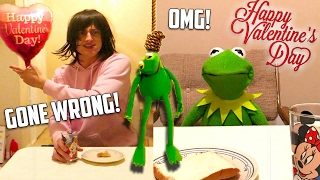 Kermit the Frog Valentines Day Date GONE WRONG! thumbnail
