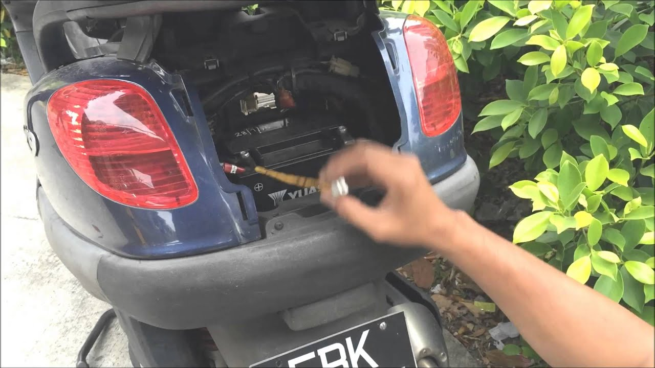 Batterie Piaggio 125 X9 Alles Ber Motorrad Bildideen Vespa Gt200 Fuse Box Location Download Image 1920 X 1080