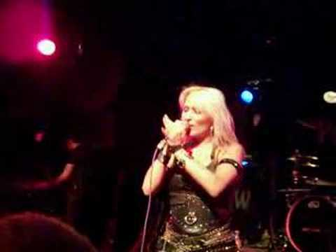 Doro Pesch...Metal Video...love me in black