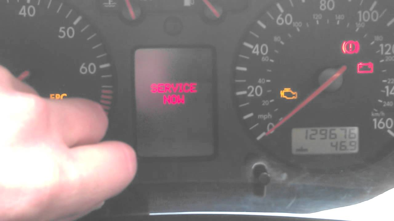 How to reset light  indicator and a Volkswagen Golf V5 2003 model