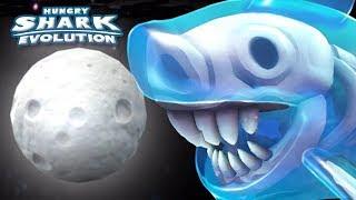 GHOST SHARK EATS MOON!!    Hungry Shark Evolution - Ep 34 HD