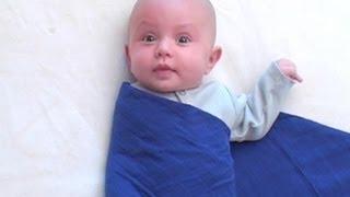 Emmailloter bébé | Astuces de parents