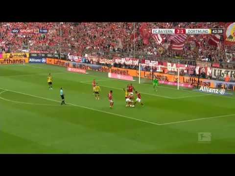 Arturo Vidal De Cabeza al balón vs Borussia Dortmund