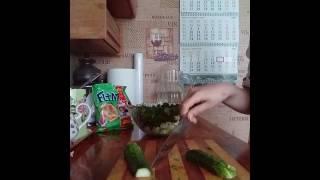 Оооочень вкусно.салат с сухариками.