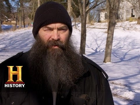 Big Rig Bounty Hunters: The Wolf Brothers Help A Diabetic Woman (S2, E2) | History