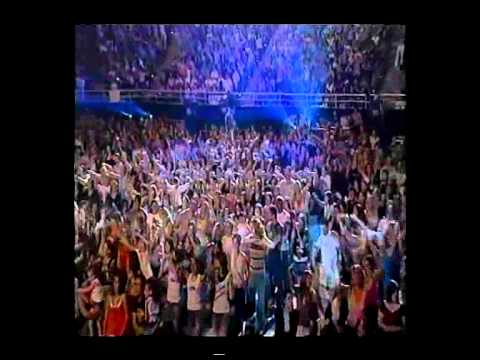 """SHANNON NOLL - 2004 """"THE CONCERT""""  """"AUSTRALIAN IDOL""""  Shannon's group and individual performances"""