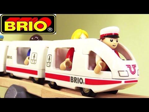 Oyuncak çizgi film - Toplu taşıma araçları - Brio şehrinde tren ve ...