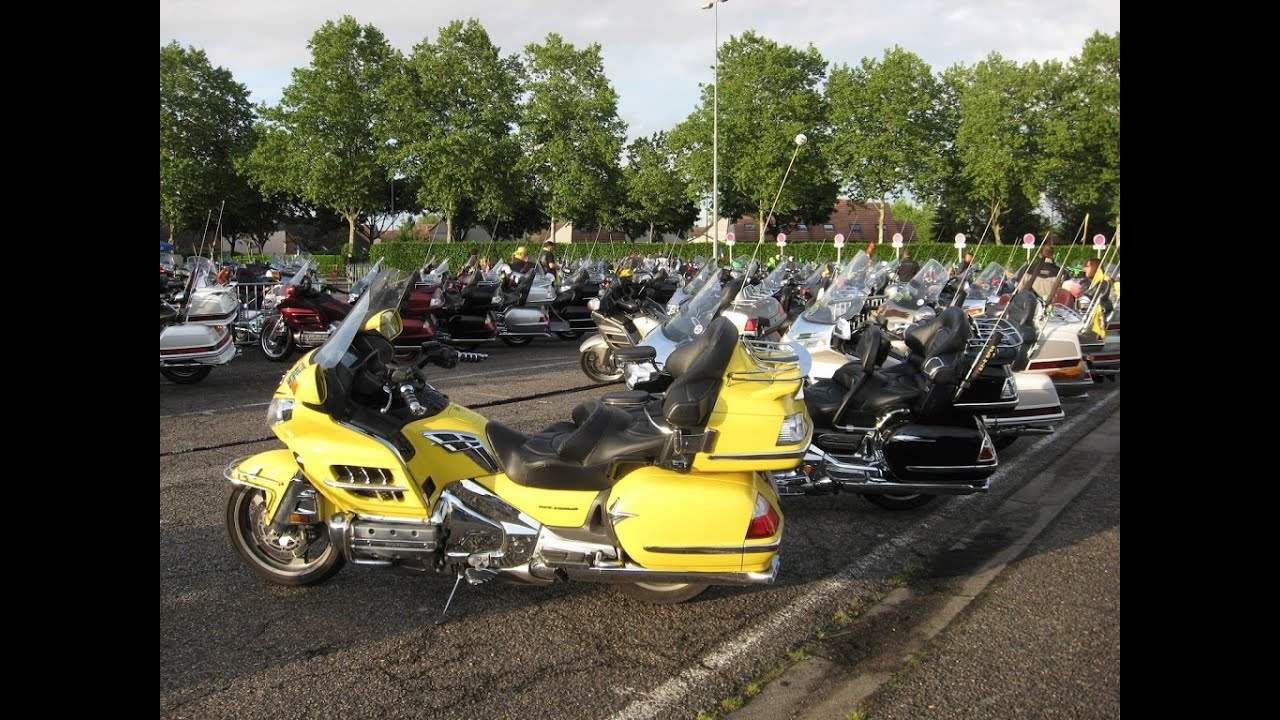 Goldwing club de France - Parade des Nations / Moulins ...