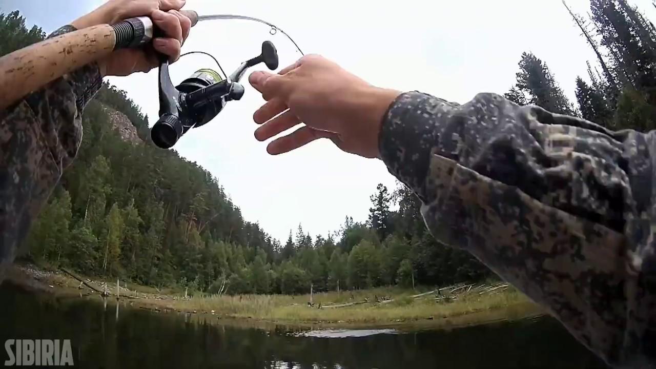 Ловля щуки на спиннинг с лодки на воблеры на Красноярском водохранилище часть 1
