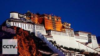 В дворцово-храмовом комплексе Тибета началась подготовка к празднику Лхабаб Дучен