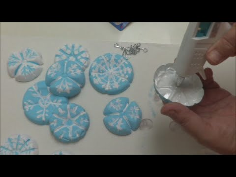 Diy crafts plastic bottles decoration for christmas youtube solutioingenieria Image collections