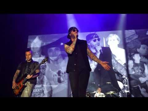 Avenged Sevenfold - So Far Away + Nightmare Rock USA 2017 Oshkosh Wisconsin