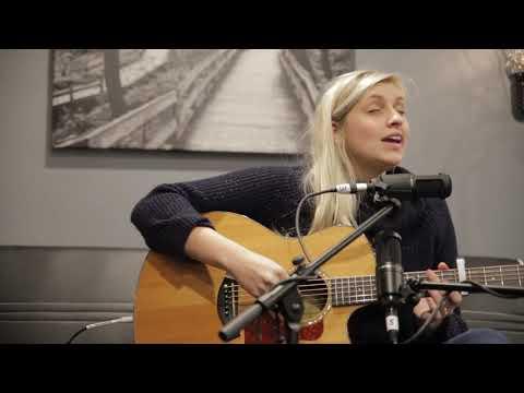 """Teton"" Andrea von Kampen Live @ Spotlight Omaha Mp3"
