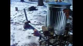 Test of my trashcan wood heater
