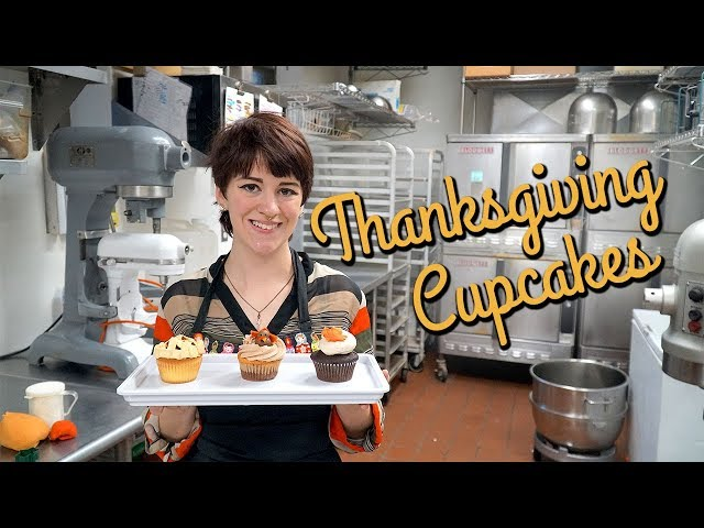 3 Easy Thanksgiving Cupcake Ideas for Kids & Beginners!