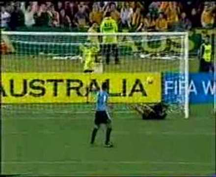 Guus hiddink socceroos v Uruguay interview part 3 of 3