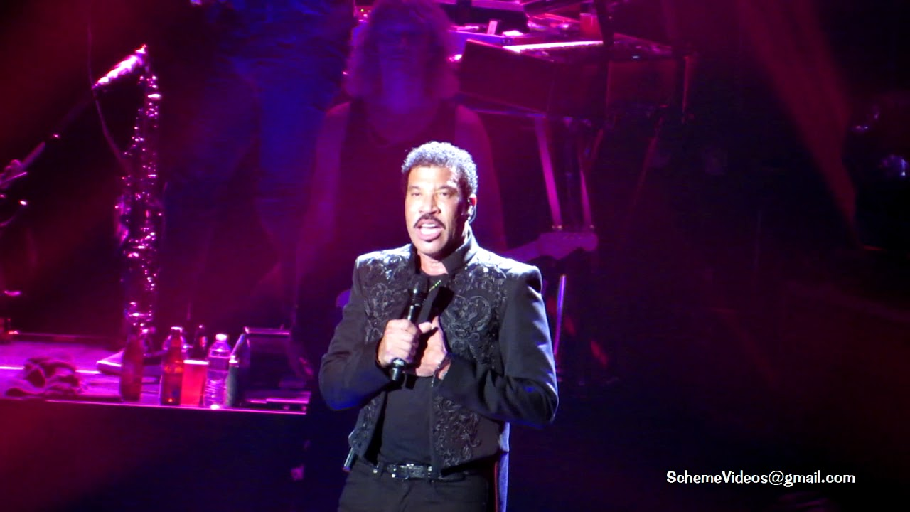 Lionel Richie Just To Be Close To You Madison Square Garden New York City 8 19 17 Youtube