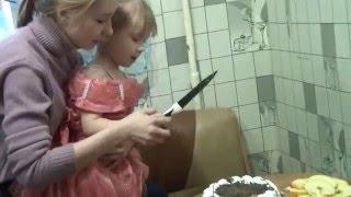 креатив.кода не успеваешь купить свечи на торт..приодится задувать спички
