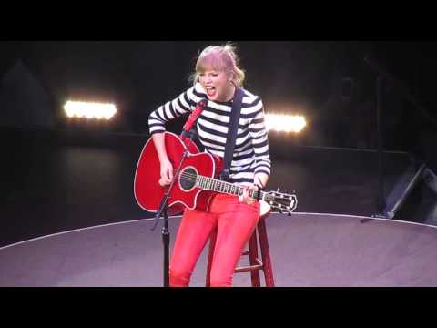 Taylor Swift Teardrops On My Guitar flawless high notes! Red Tour LIVE San Antonio