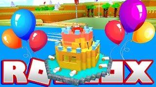 una torta di compleanno per MicroGuardian in Roblox - Roblox costruire una barca per il tesoro - DOLLASTIC gioca!
