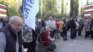 Онлайн. Встреча Ренато Усатого с жителями 10-го квартала в Бельцах