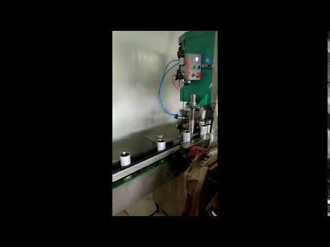 Automatic negative pressure beer/carbonated drinks bottle filling canning machine