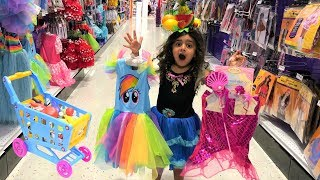 Sally Pretend play Shopping for Princess Dress up at Toys store!!