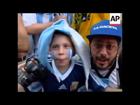FRANCE: ARGENTINIAN FANS CELEBRATE WORLD CUP WIN OVER JAMAICA