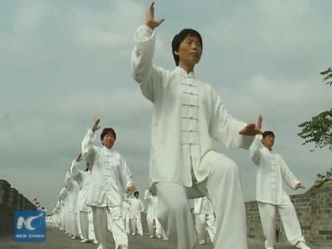 11,000 people play Tai-chi in north China city