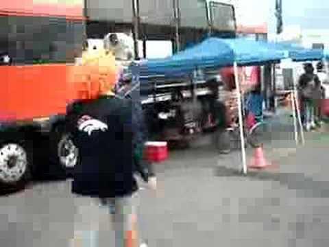 Broncos Disco Retro fan 2005 Tailgate NFL
