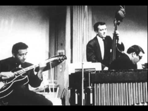Vince Guaraldi Trio - Surfin' Snoopy