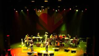 Ziggy Marley & Ben Harper - I shot the Sheriff - Live at Club Nokia