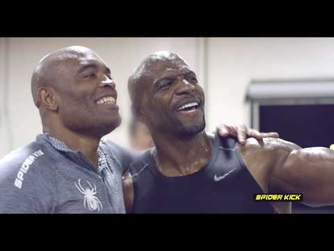 Terry Crews Vs. Anderson Silva - Celebrity Gym Workout