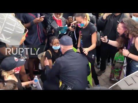 USA: Police officer