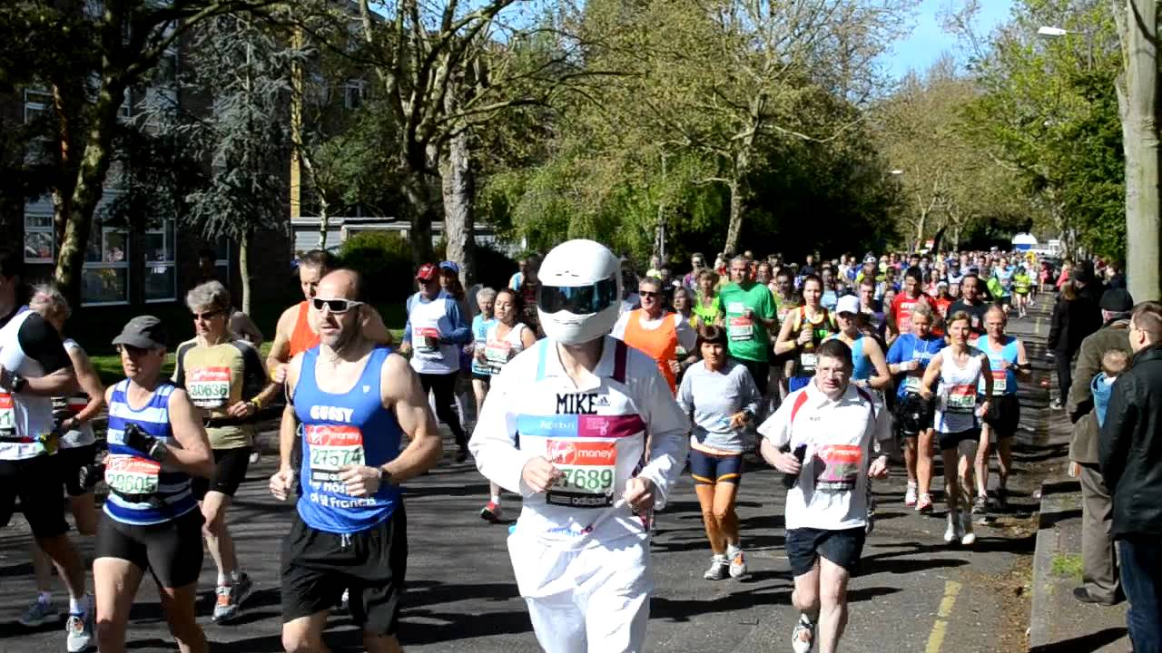 how to watch london marathon in australia